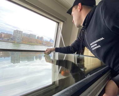 HOW MANY WINDOWS DO YOU NEED TO GET CLEANED?