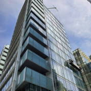 windows cleaning service in commercial buildings