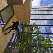 Condominium window cleaning service in New York