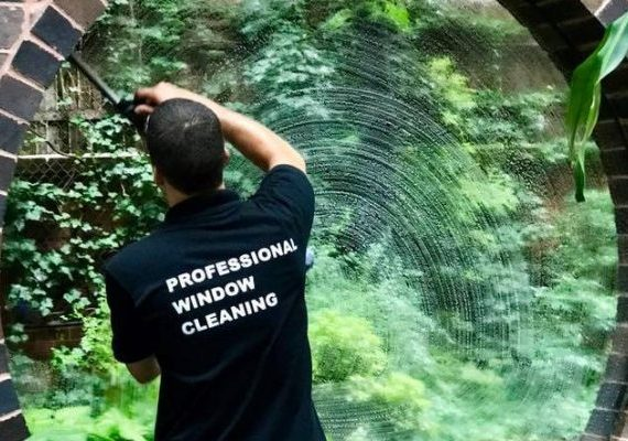 window cleaning7 Questions To Ask When Choosing the Best Window Cleaning Service In Your Area