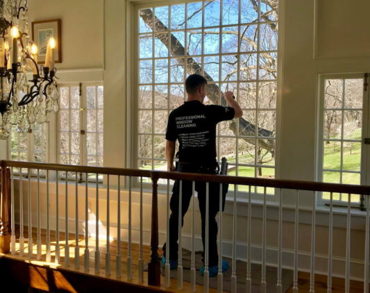 the best windows size for home