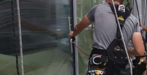 the right choice of a window cleaning company