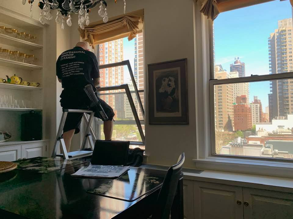Starting the New Year with Clean Windows: 4 Resolutions for Your Home