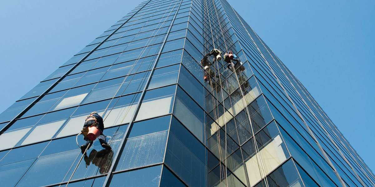 Highrise Window Cleaning: Big Apple