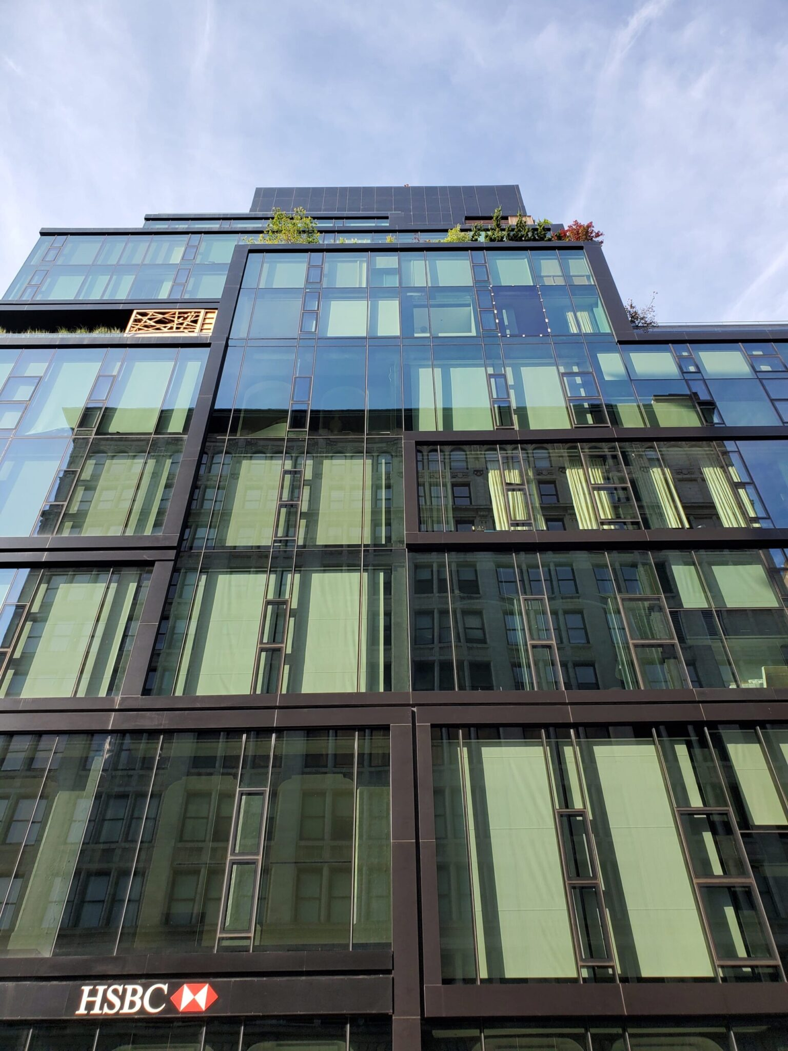 Glass cleaning in 15 union Square West