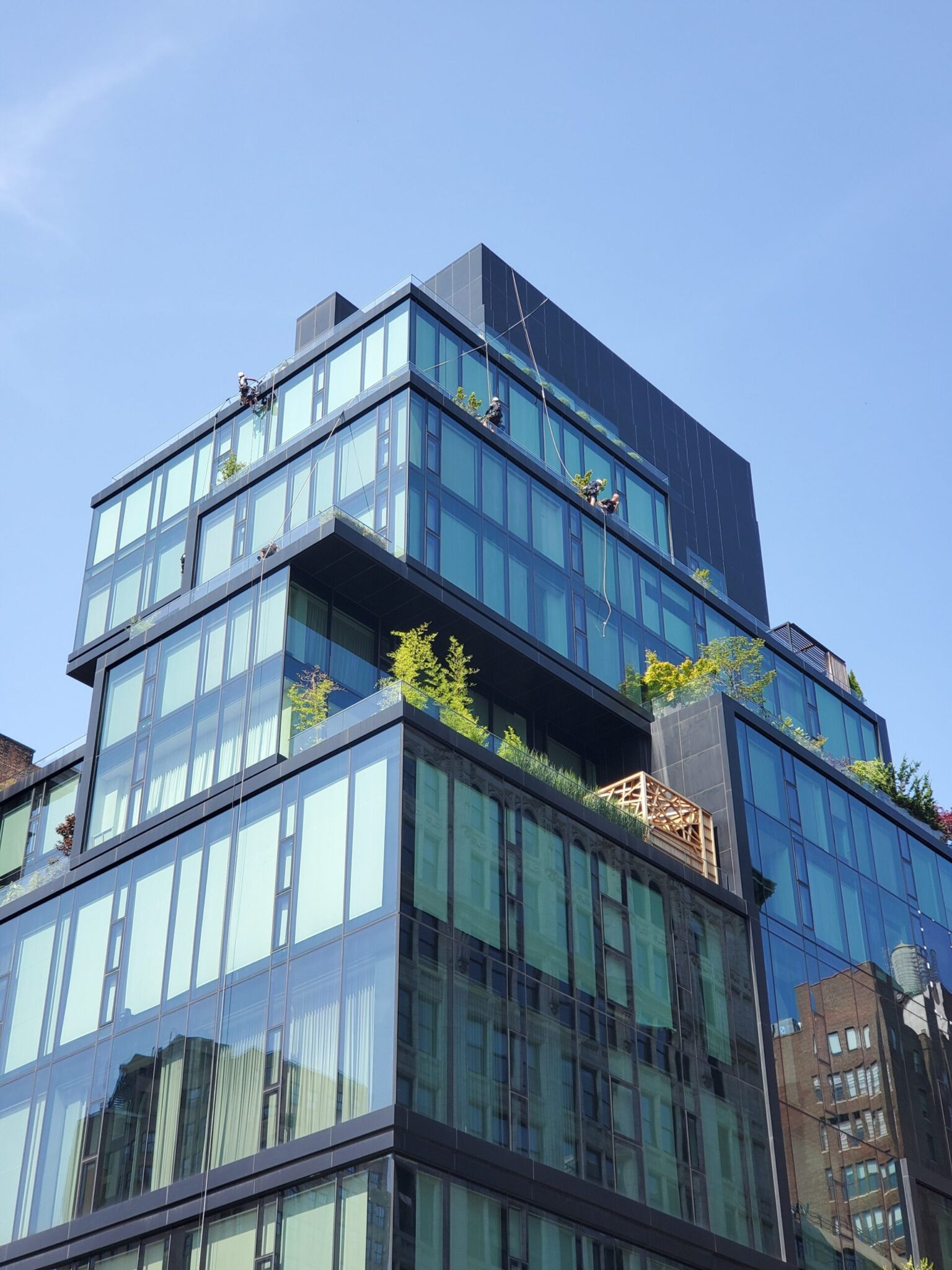 High building windows cleaning in 15 union Square West