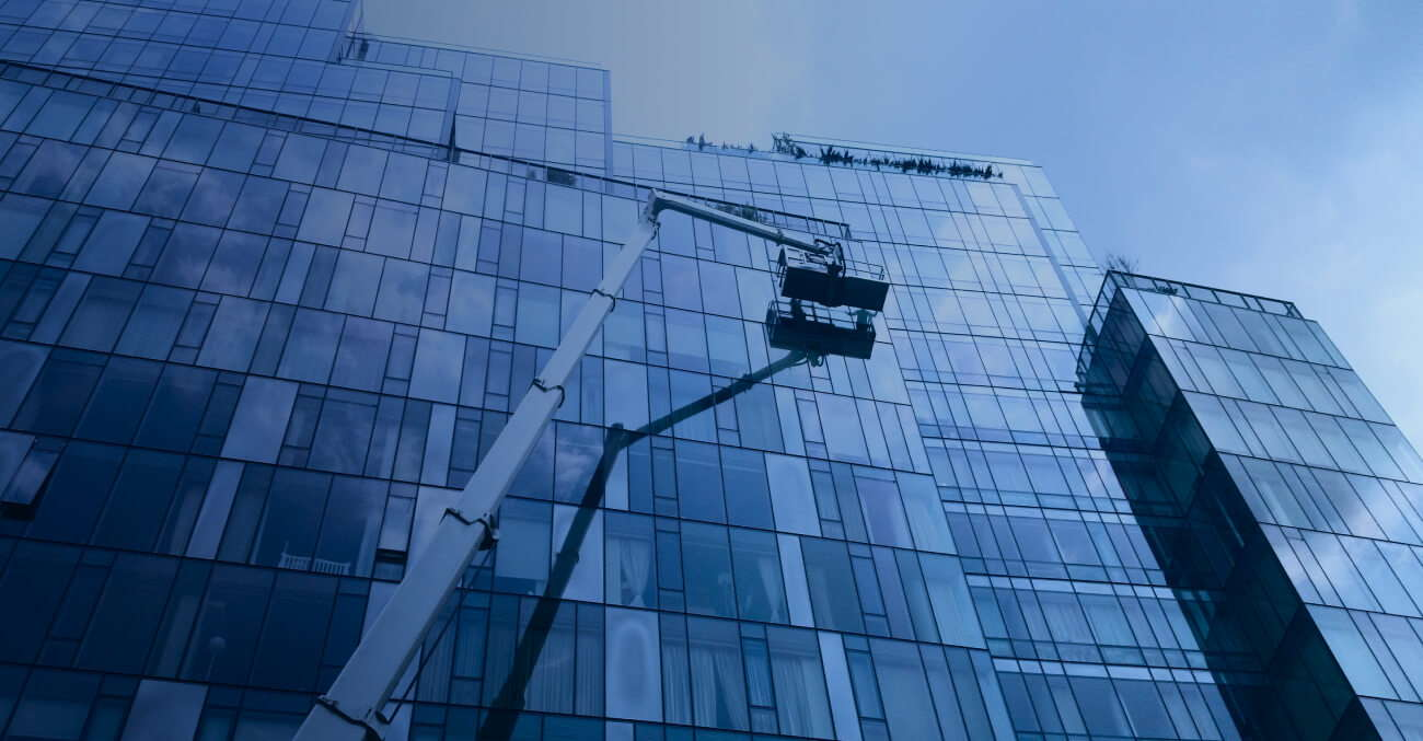 all kinds of access to windows and facades to clean them from dirt and our window cleaners are insured