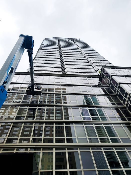 aerial lifts - window cleaning