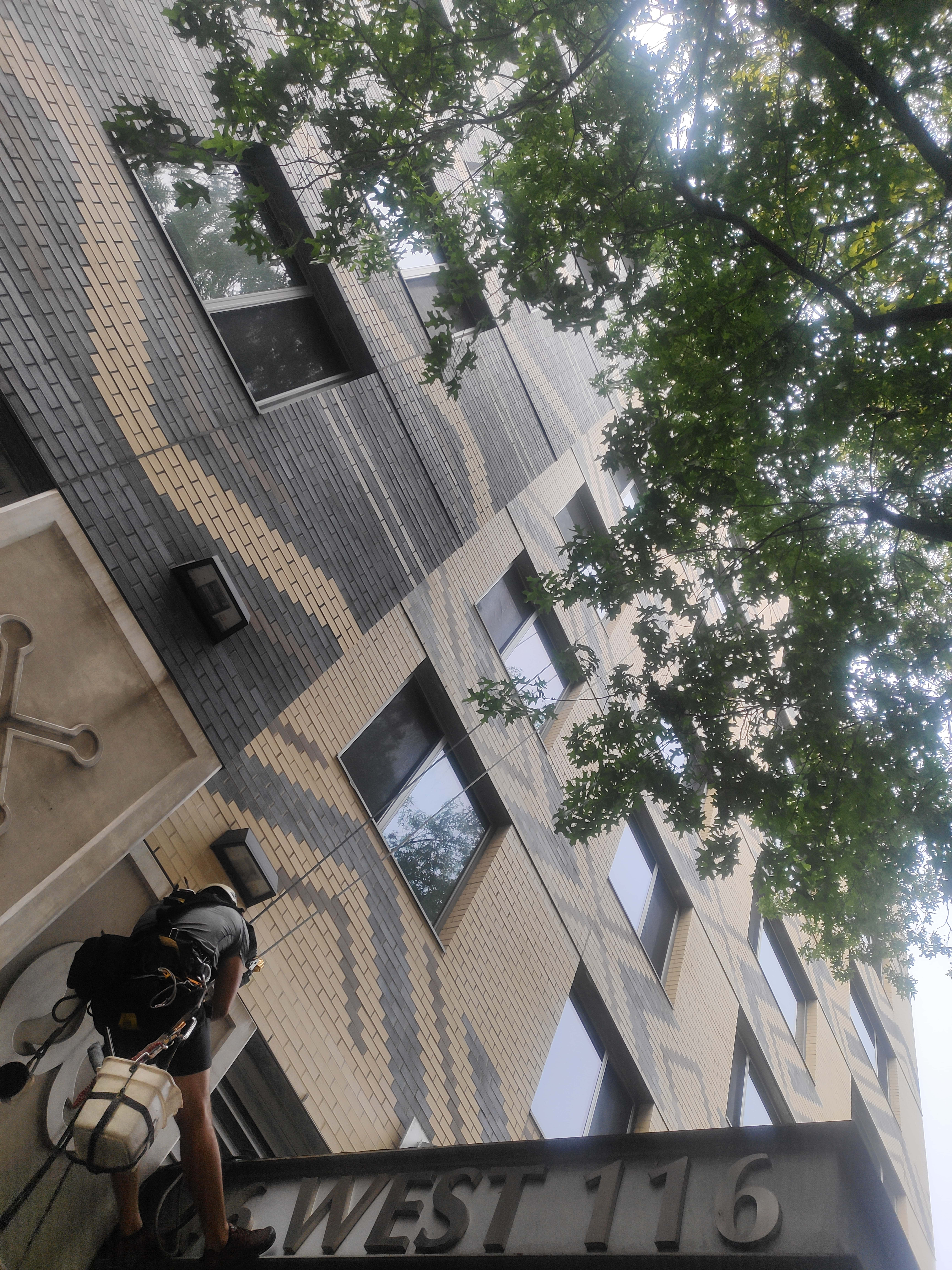 Washing fasade building in 40 West 116th Street - Big Apple Window Cleaning