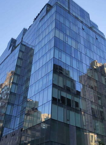 Windows cleaning in 151 East 85th Street