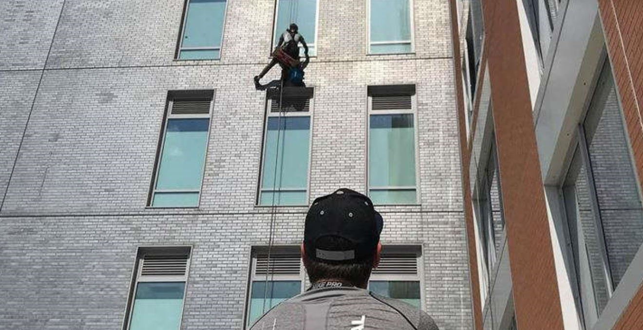 initial window cleaning service