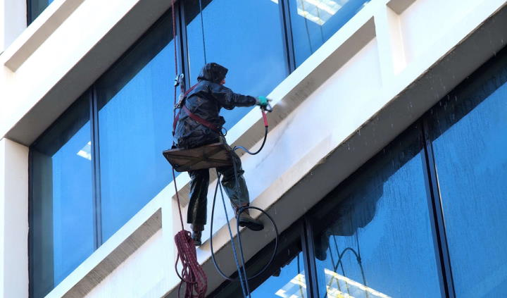 rope access for pressure wash nyc