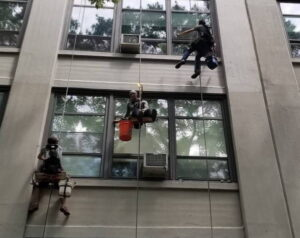 window cleaning outside services