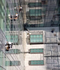 high building window cleaner nyc