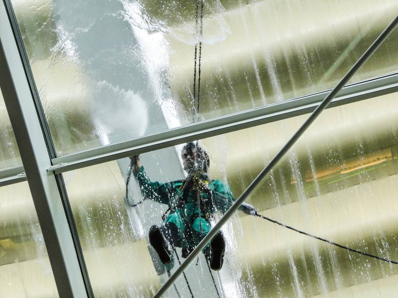 window cleaning pressure washer